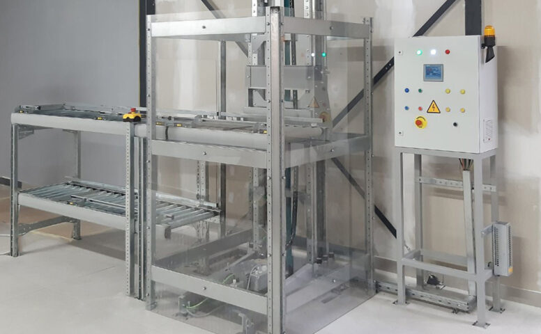 6 meters of vertical conveyor for 2000 boxes per hour in the Pickup point - 8 - kapelou.com